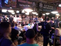2011 WSOP Main Event, Day 7 (outer table)