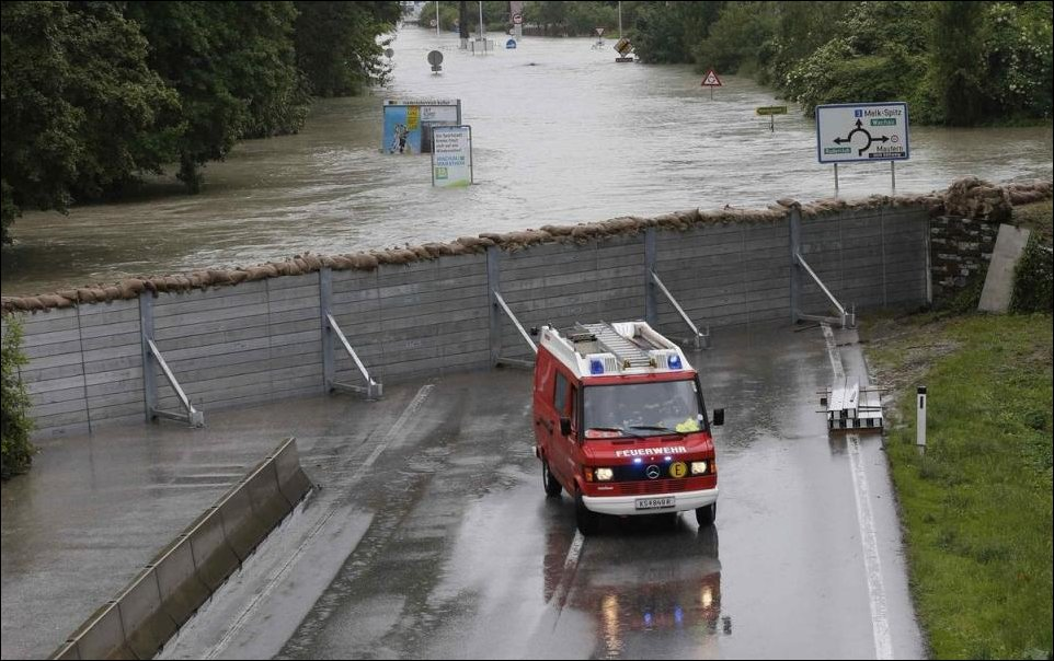 [Image: Flood+Protection2.jpg]