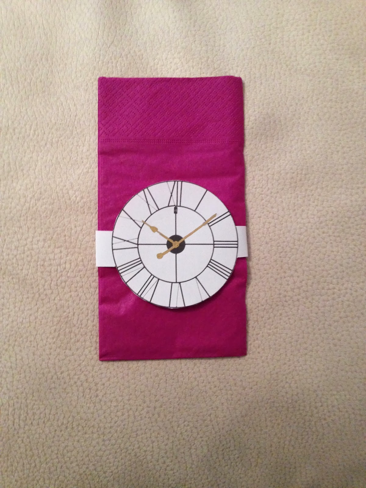 Ideas para una decoraci n de nochevieja fin de a o manualidades amelia - Manualidades relojes de pared ...