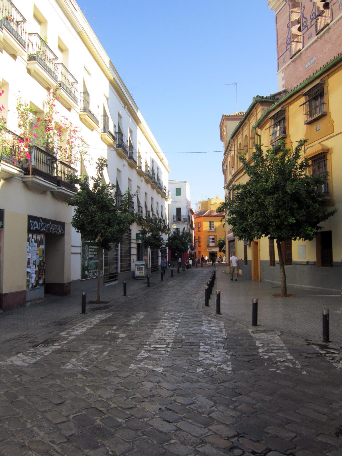 Sevilla vida y leyenda calle feria - Carpinteros en sevilla ...