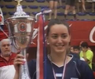 ARG recibiendo el trofeo al campeón Sudamericano Junior Femenino | Mundo Handball