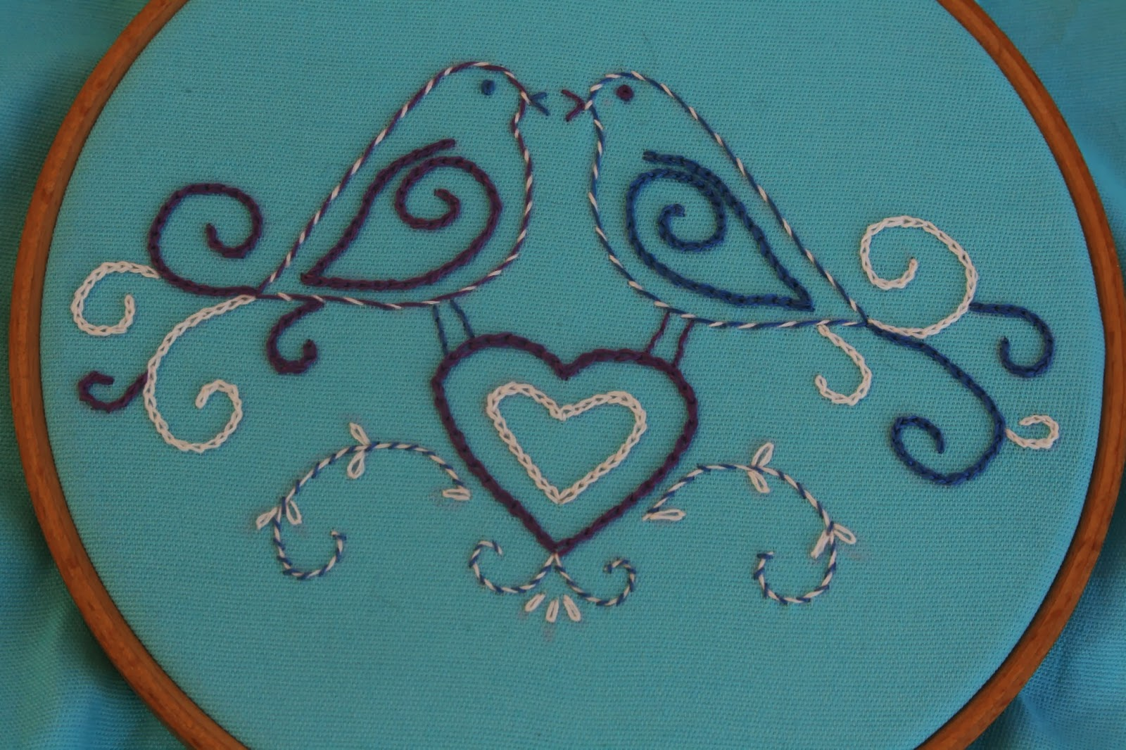 Rays Place Designs A Little Bit Of Embroidery
