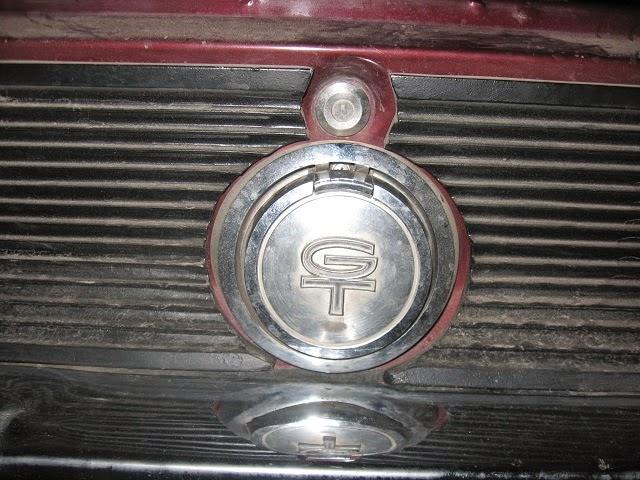 1967 mustang gt gas cap