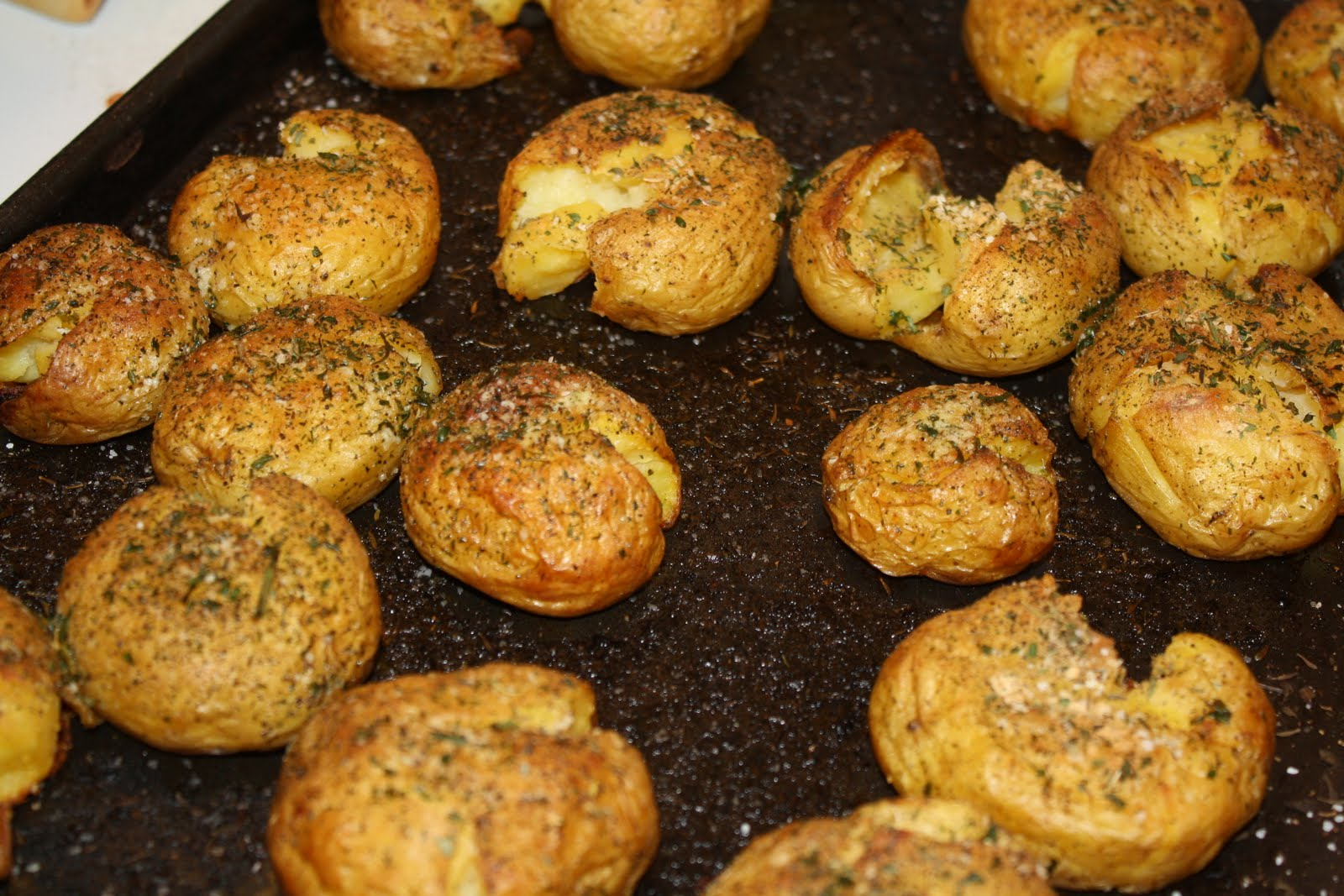 Seasoned with Love: Crispy Smashed Potatoes