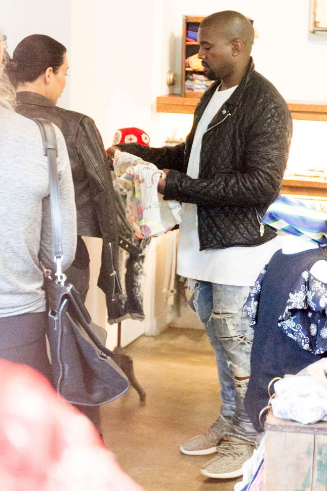 Pregnant Kim Kardashian and Kanye West shop baby clothes in NYC