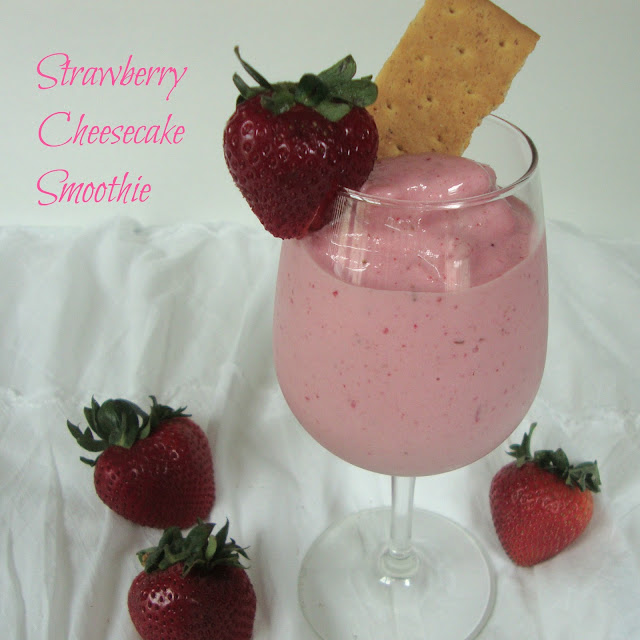 Strawberry Cheesecake Smoothie from www.chocolatechocolateandmore.com