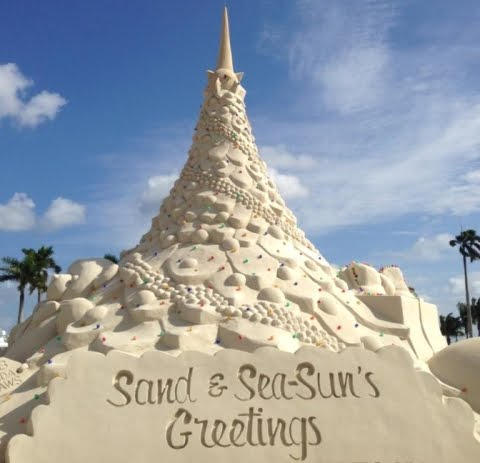 sand Christmas tree in West Palm Beach