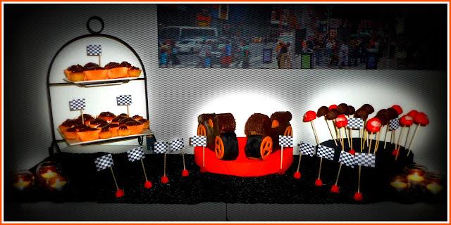 """Image Buffet des desserts pour un anniversaire """"moto"""""""