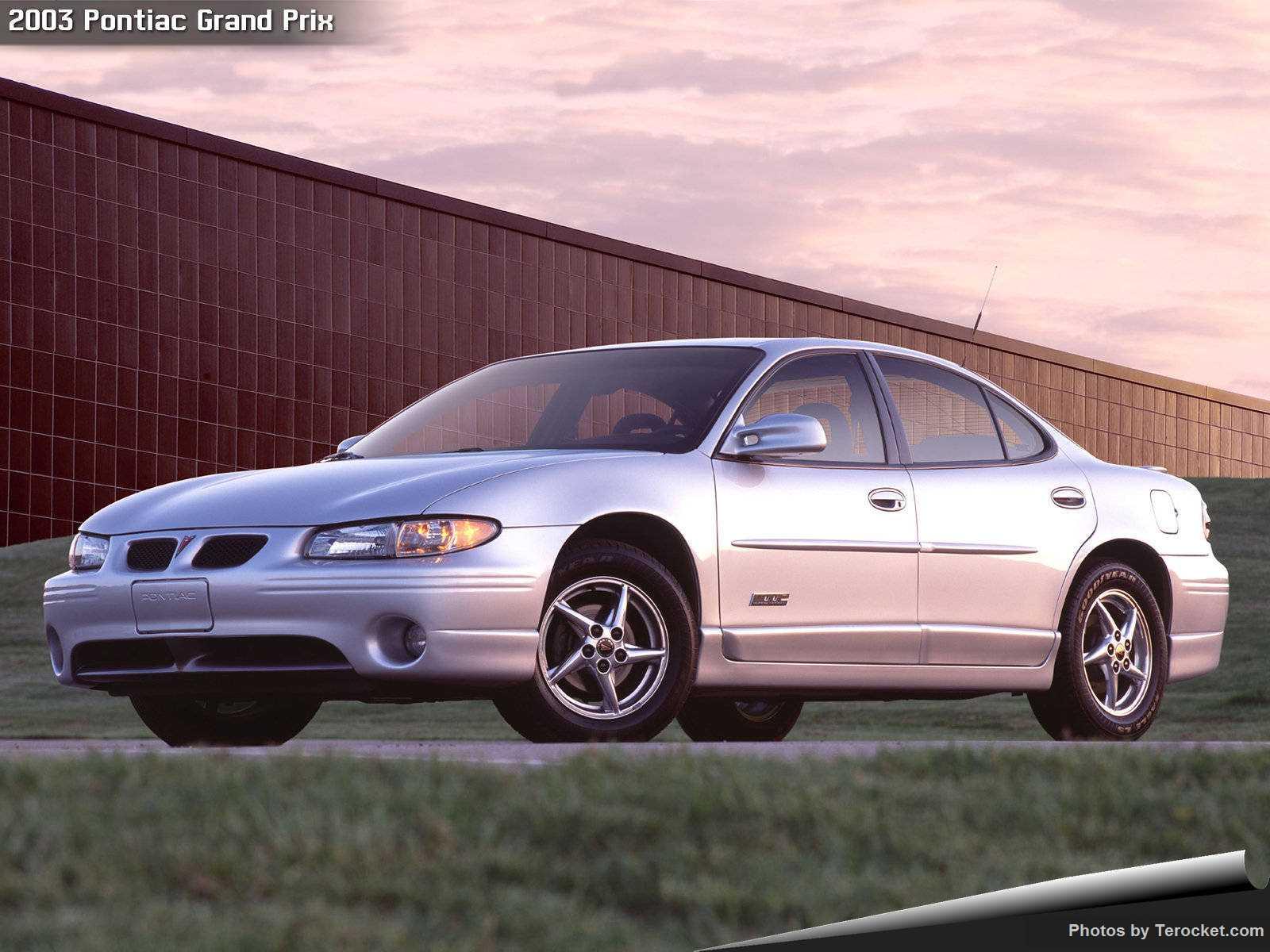 Hình ảnh xe ô tô Pontiac Grand Prix 2003 & nội ngoại thất