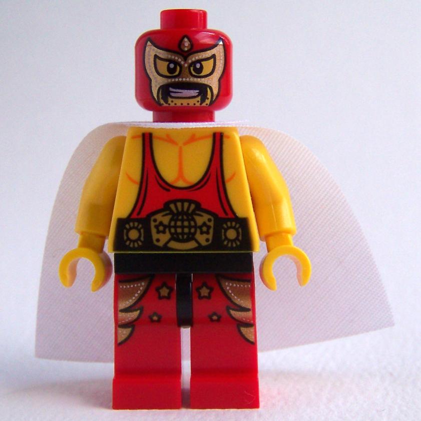 LEGO master builder El Macho Wrestler minifigure