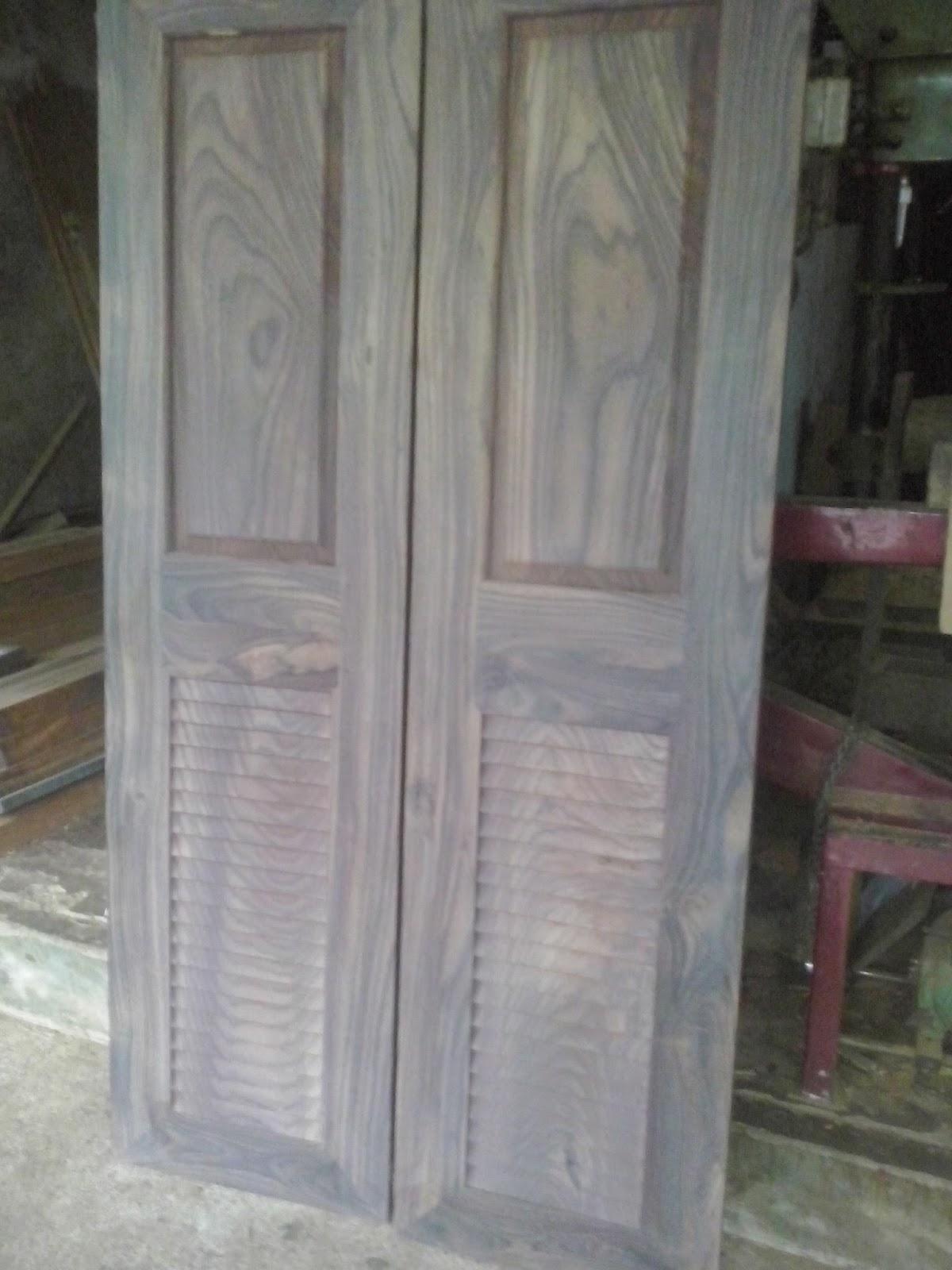 Carpenter work ideas and kerala style wooden decor wooden for Main entrance door design photos