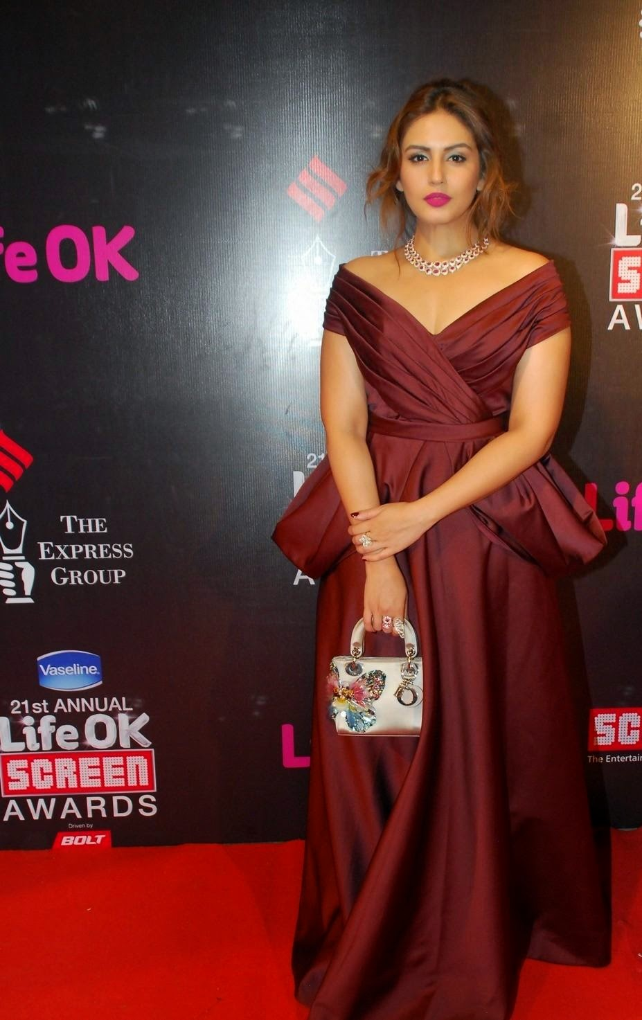 Bollywood celebras at 21st Life ok screen awards