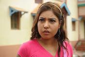 Komal Jha Glamorous Photos in Pink Top-thumbnail-12