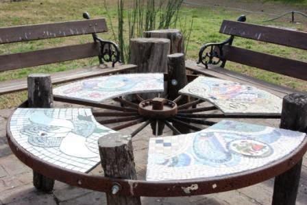 Muebles gratis con palets bobina for Como hacer una mesa redonda de madera