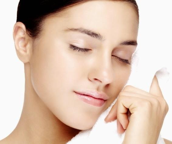 5 Cara Tepat Merawat Kulit Kering Pada Wajah