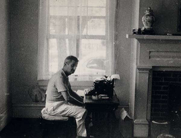 faulkner essays Faulkner had started writing poetry as a young schoolboy faulkner wrote seventeen books set in yoknapatwapha county, which is a fictional setting formed in.