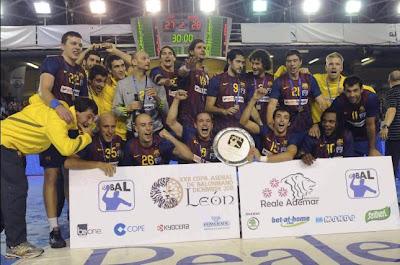 BALONMANO-La copa para el Barça