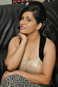 Revathi Chowdary hot photos-thumbnail-16