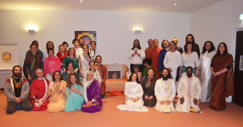 sri swami vishwananda deutsch 39 atma kriya yoga 39 lehrer ausbildung. Black Bedroom Furniture Sets. Home Design Ideas