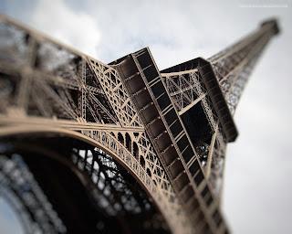 Foto-Foto Menara Eiffel Prancis