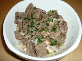 Mussu e carcagnola (lesso misto in insalata)