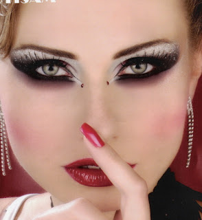 Hala Ajam- Lebanese Makeup Artist - Upload  Share PowerPoint