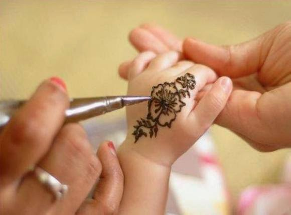 Mehndi Patterns For Small Hands : The latest fashion most beautiful inscriptions on hands