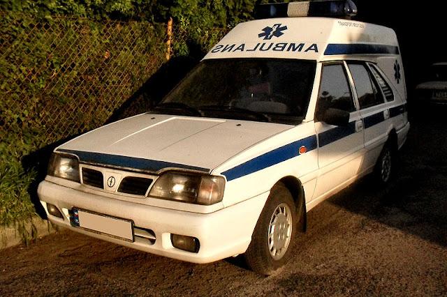 Gambar Mobil Ambulance 16