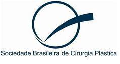 Especialista e Membro da Sociedade Brasileira de Cirurgia Plástica