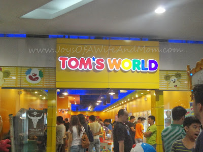 Tom's World, SM North EDSA, The Block