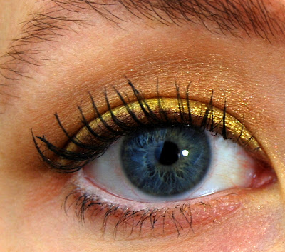 Sephora Collection Prisma Chrome Eyeshadow in Gold Reflections Swatch
