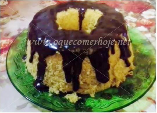 Receita de Bolo de Cenoura (veja várias receitas de bolo de cenoura)