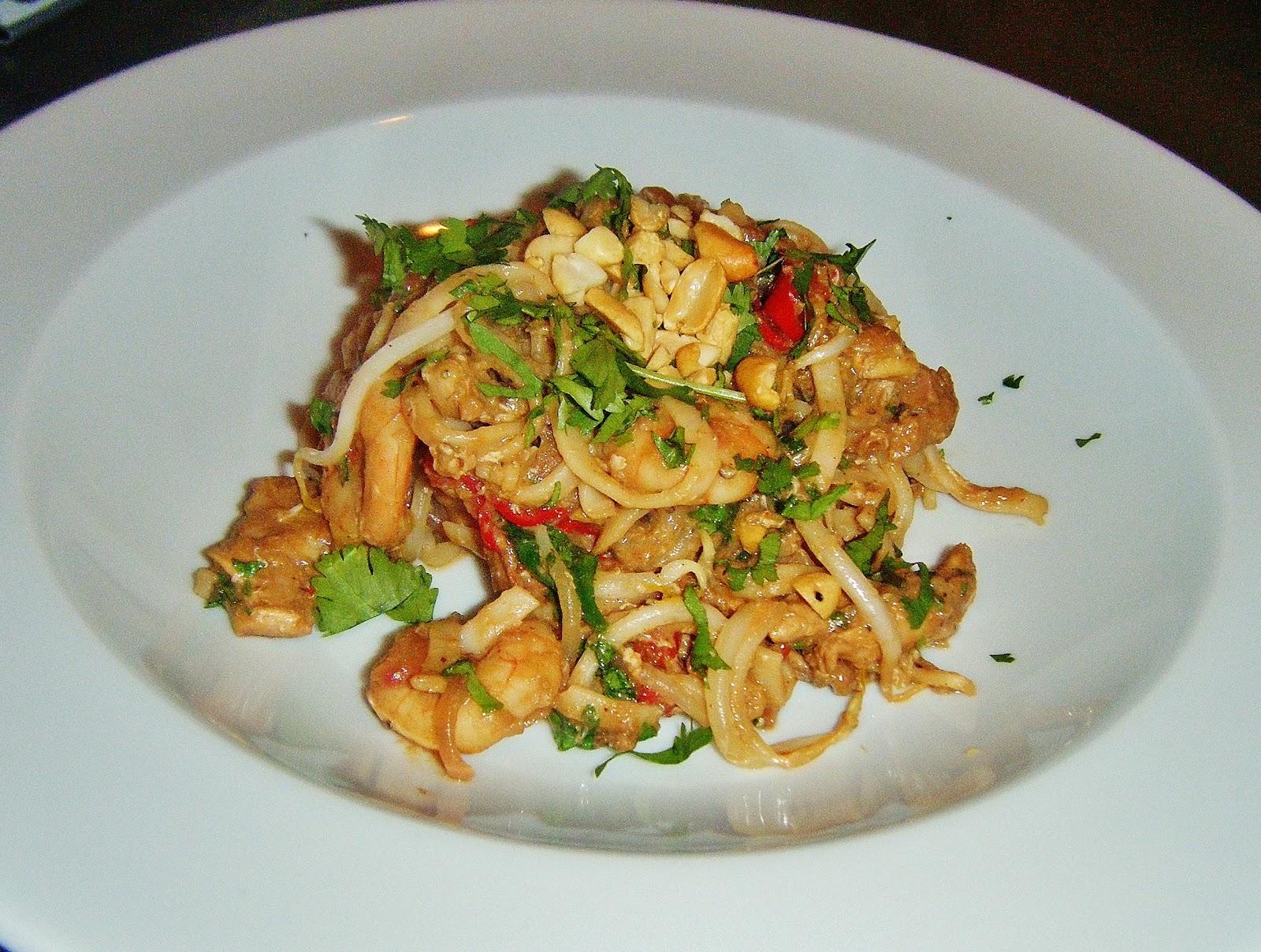 thai deep fried chicken thai style chicken legs chicken pad thai the ...