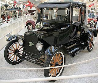 7 Mobil klasik paling antik dan keren