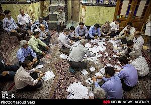 تصویری از شمارش آراء در یزد .