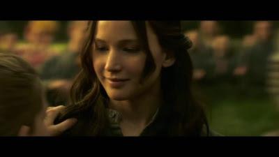 The Hunger Games: Mockingjay - Part 2 (Movie) - 'For Prim' Trailer - Screenshot
