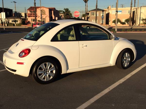 Used 2010 Volkswagen New Beetle By Owner