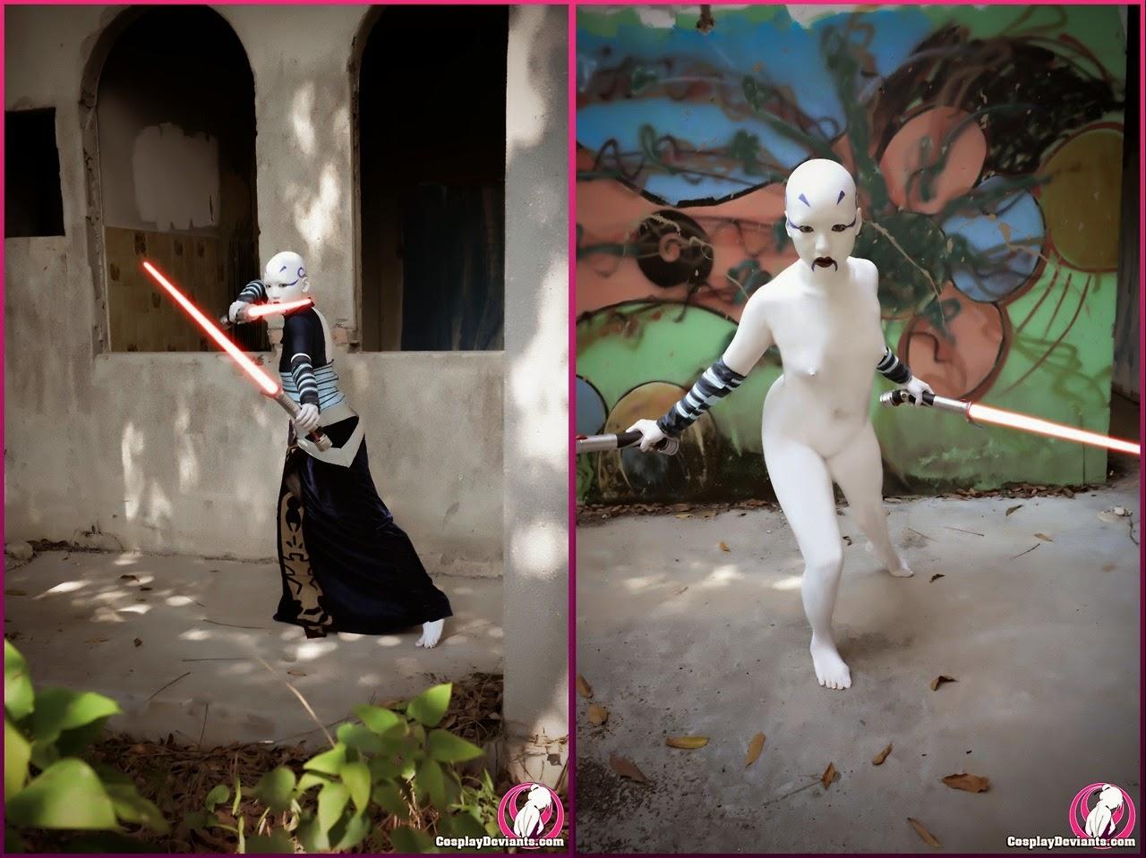 dyptique de photo de cosplay d'une sith habillée et nue avec deux sabres lasers