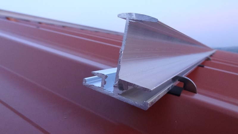 A Simple Solar Panels Mounting System For Corrugated Iron