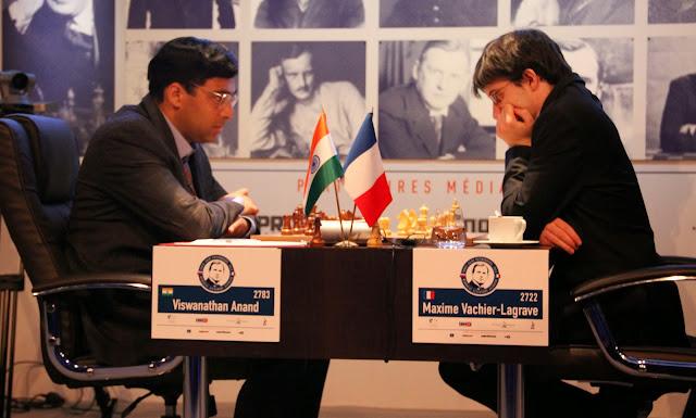 Anand vs MVL au Mémorial Alekhine 2013 © Chess & Strategy