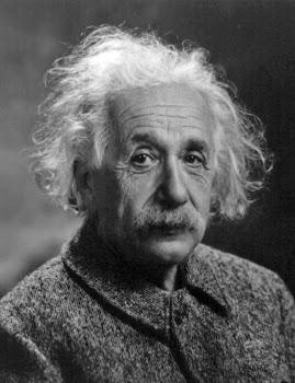 Einstein  - meditava...