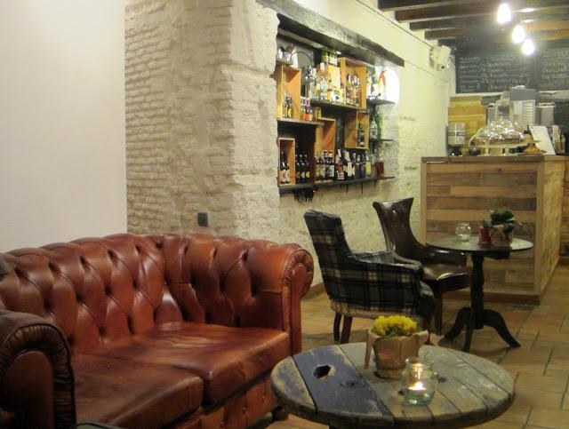 Rincón de la planta baja, Mur Café.