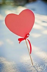 Puisi Ketika Cinta Itu Ada
