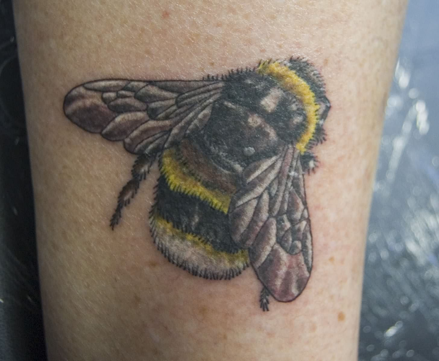 Bumble Bee Tattoo Pics