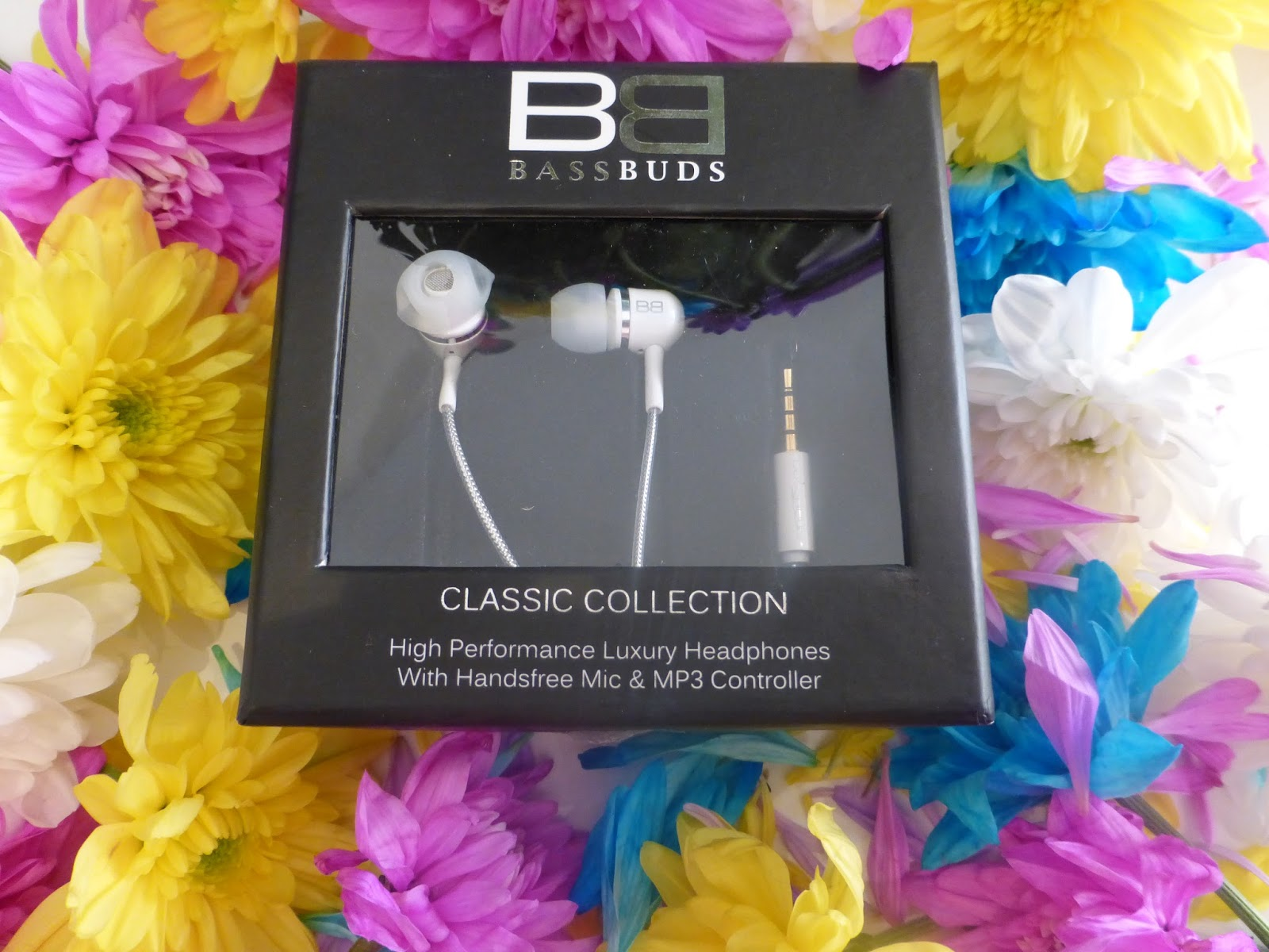 BassBuds Classic Collection in White