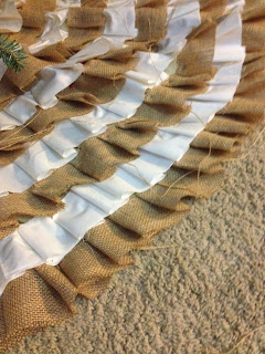 Tree Skirt Ruffles DIY