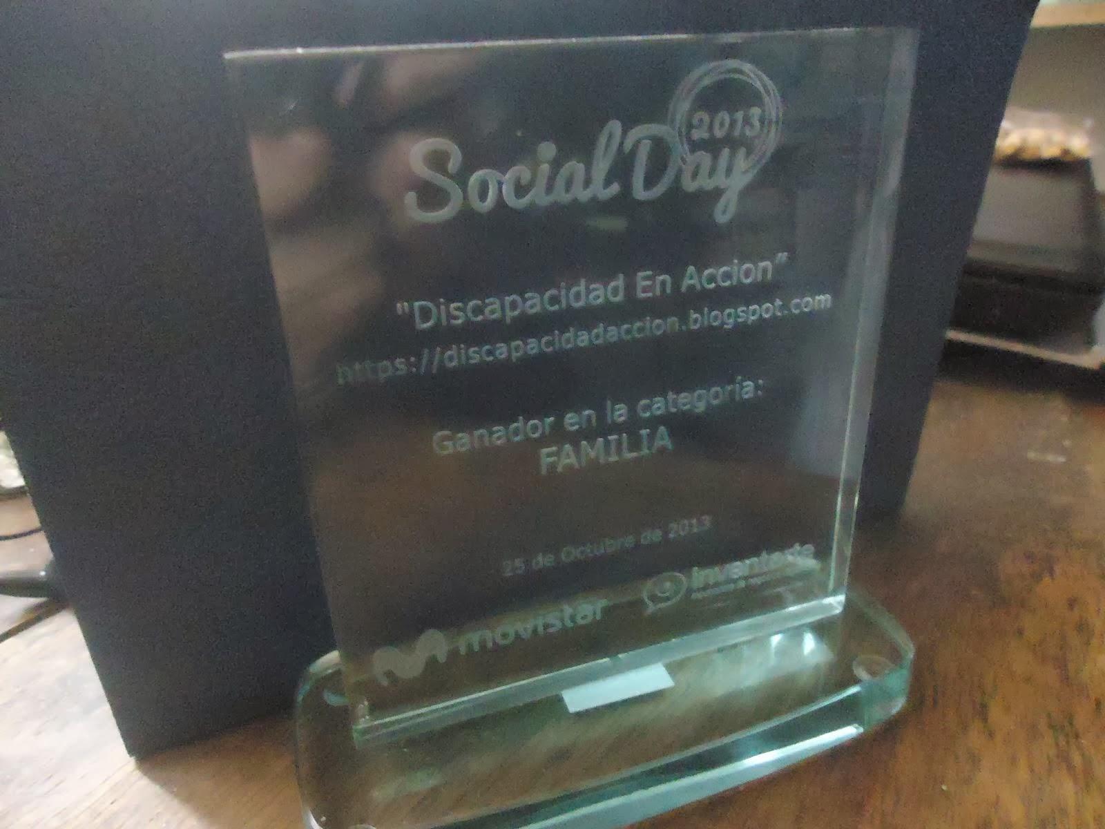 """SOMOS GANADORES DEL PREMIO AL MEJOR BLOG EN LA CATEGORIA FAMILIA EN EL CONCURSO """"SOCIAL DAY 2013"""""""