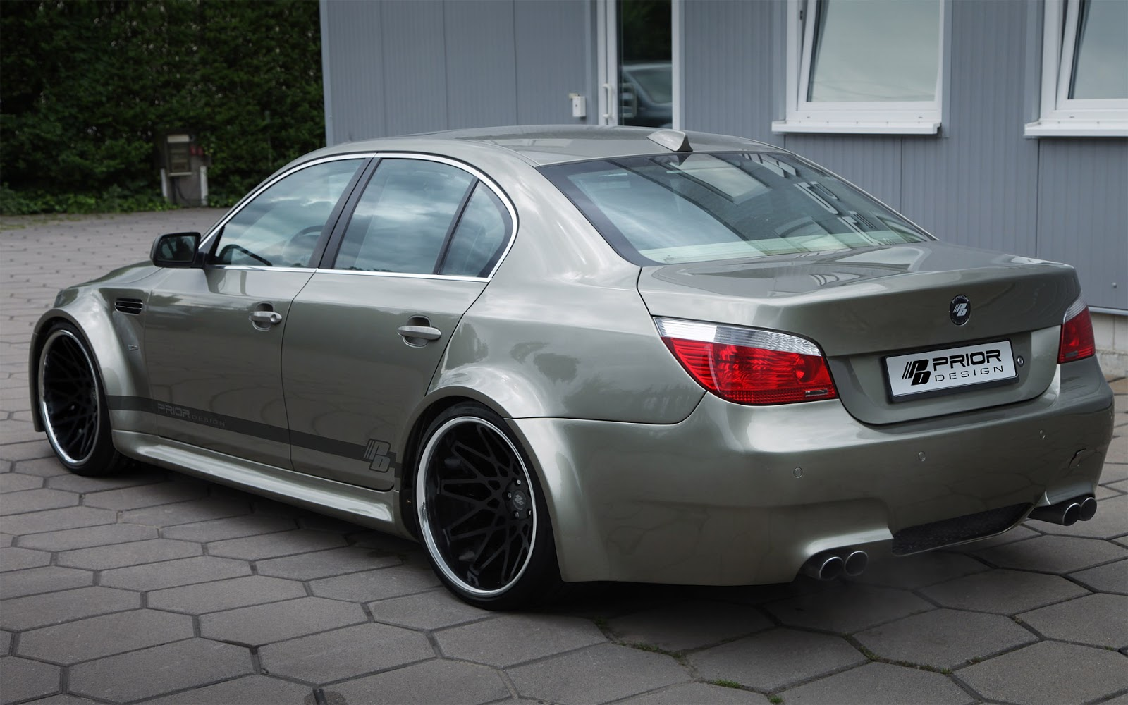 autoniusy bmw m5 e60 widebody by prior design. Black Bedroom Furniture Sets. Home Design Ideas