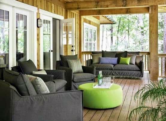 desain ruang tamu outdoor ruang terbuka dengan sofa minimalis