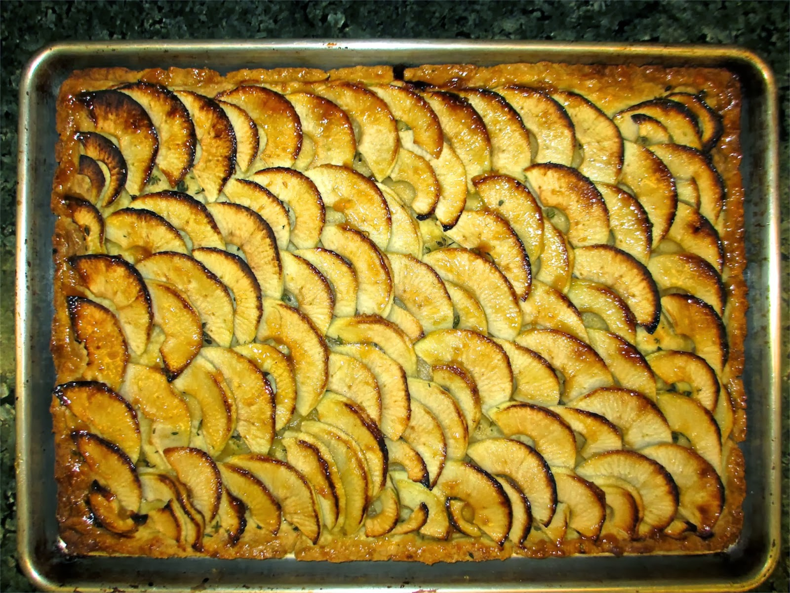 bobbyjayonfood thin apple tart tarte fine aux pommes. Black Bedroom Furniture Sets. Home Design Ideas